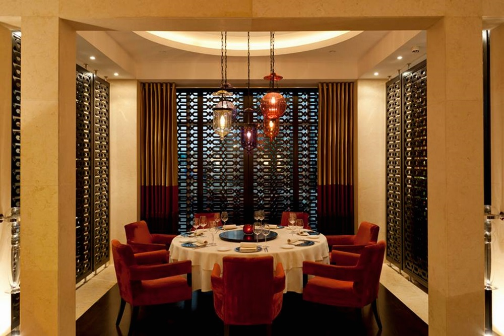 Dubai s trendiest top 16 private dining rooms for Best private dining rooms dubai